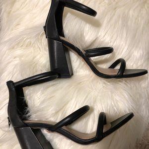 NWT BCBG block heels strappy